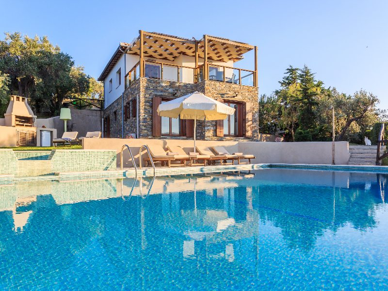 SKIATHOS POOL VILLAS HOLIDAY RENTAL VILLA SKIATHOS TOWN